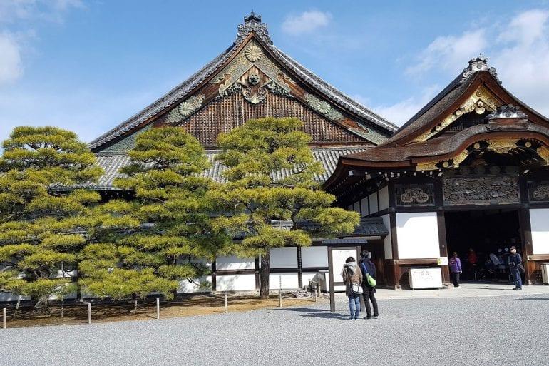 Japón y un peque Intro de su historia