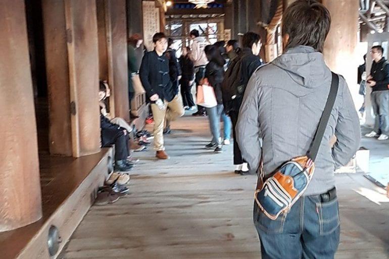 Quitarte los zapatos al entrar, costumbre japonesa