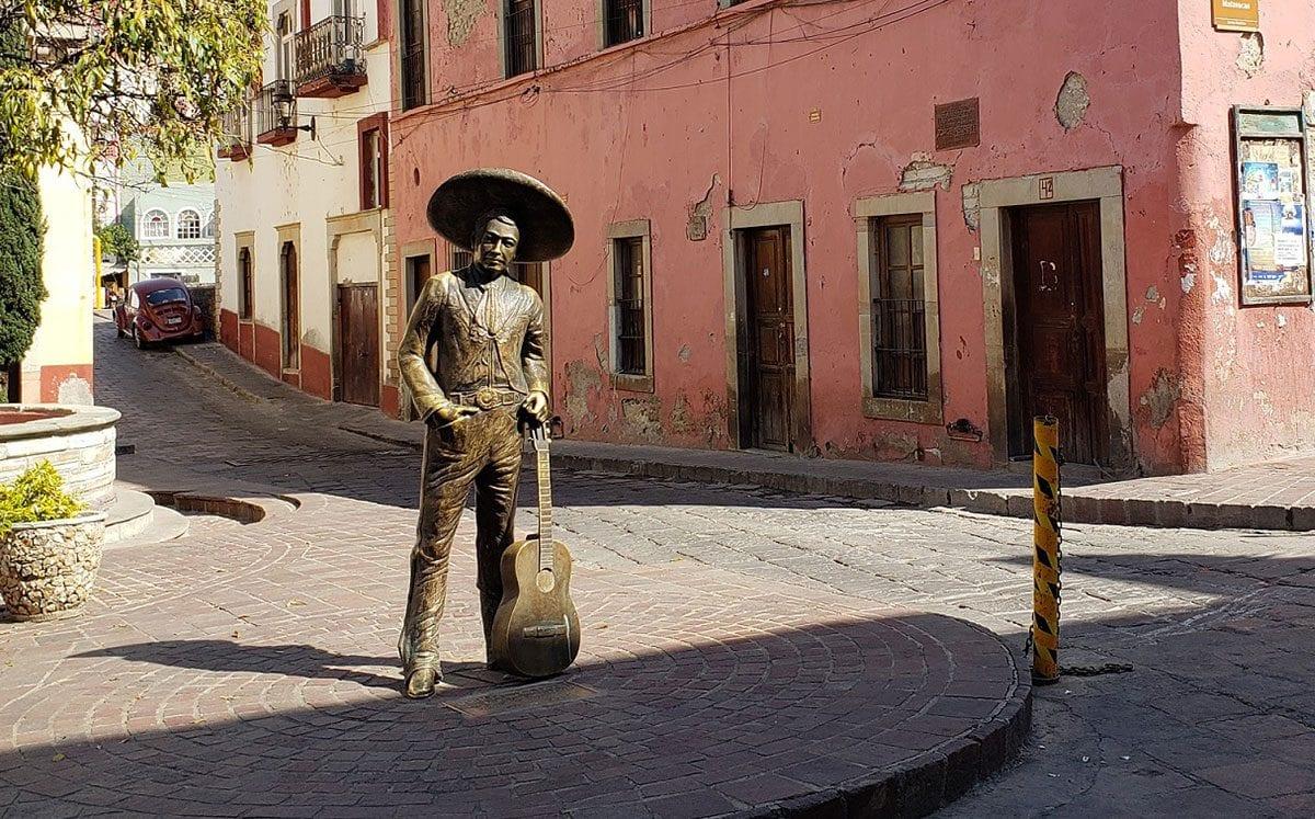 Guanajuato y sus callejoneadas