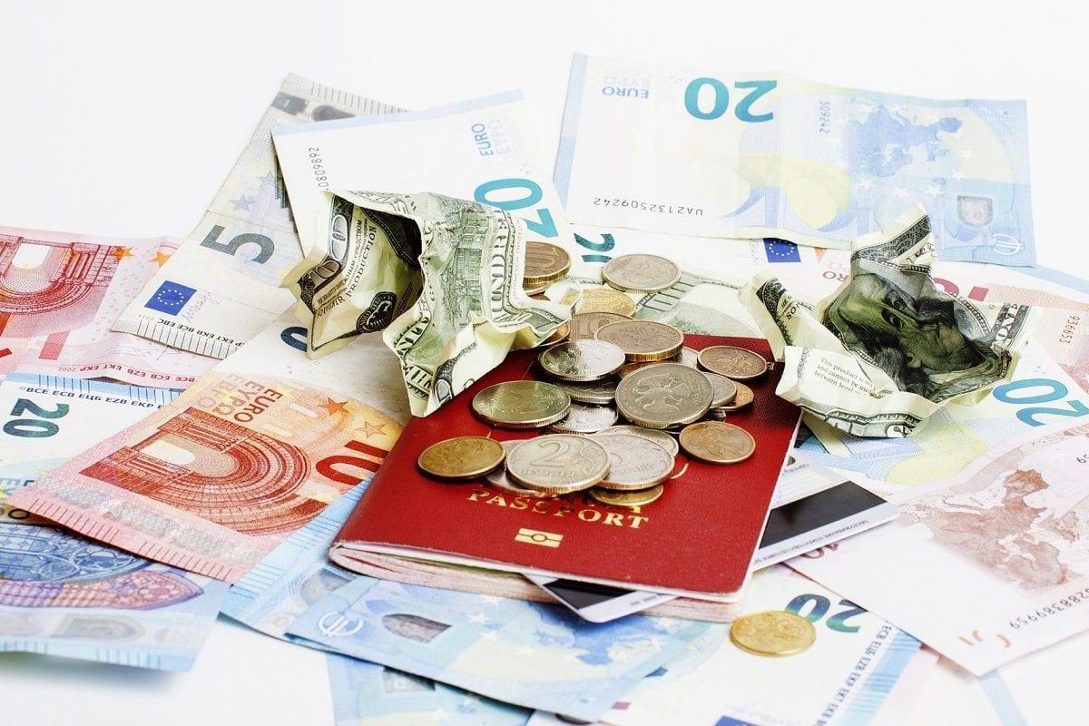 Visado y moneda China