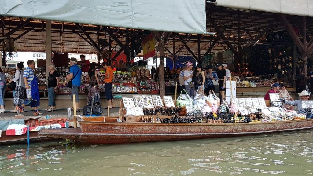 Damnoen Saudak El mercado flotante más famoso de Bangkok