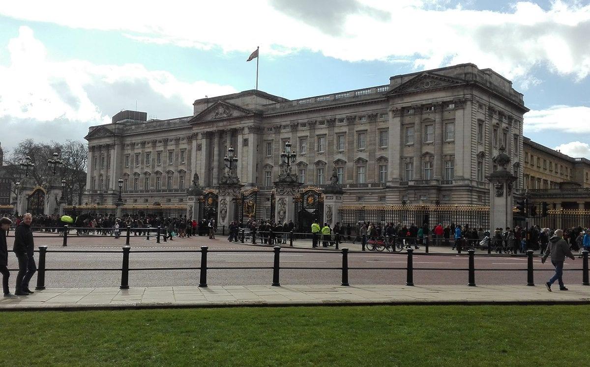 El Palacio de Buckingham… y la Familia Real Británica