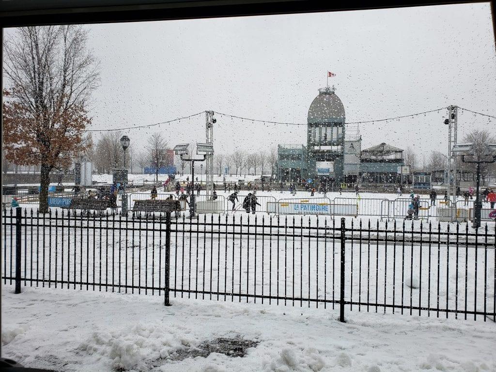 Pista de patinaje sobre hielo – Bassin Bonsecours