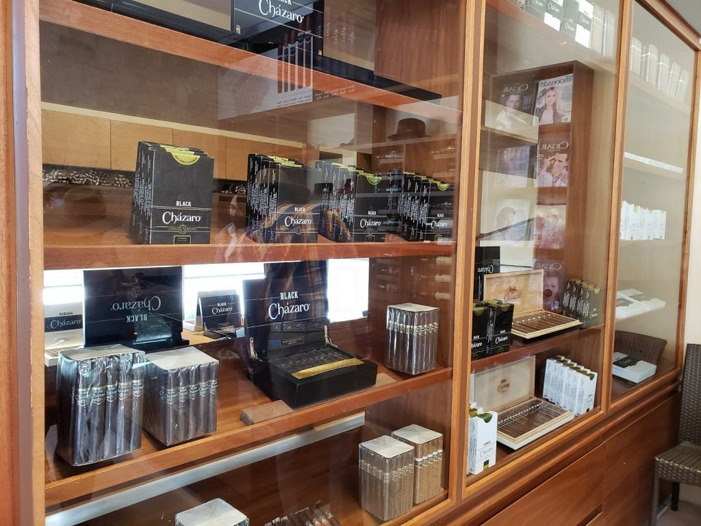 Cházaro… Real Fábrica de Tabaco, más que un puro